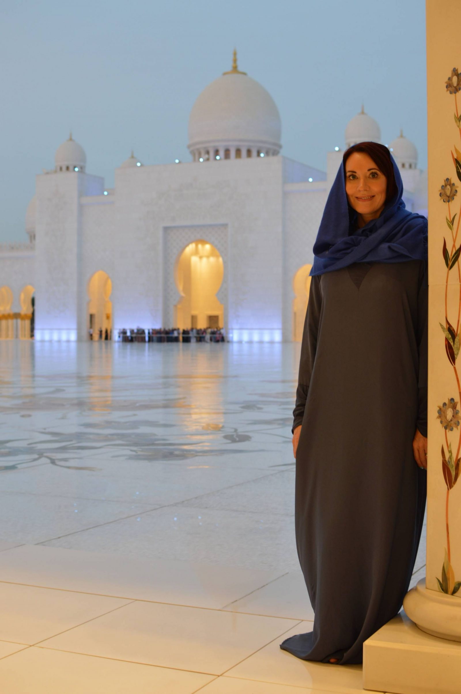 Visiting the Louvre Abu Dhabi and Sheikh Zayed Grand Mosque, Sheikh Zayed mosque evening