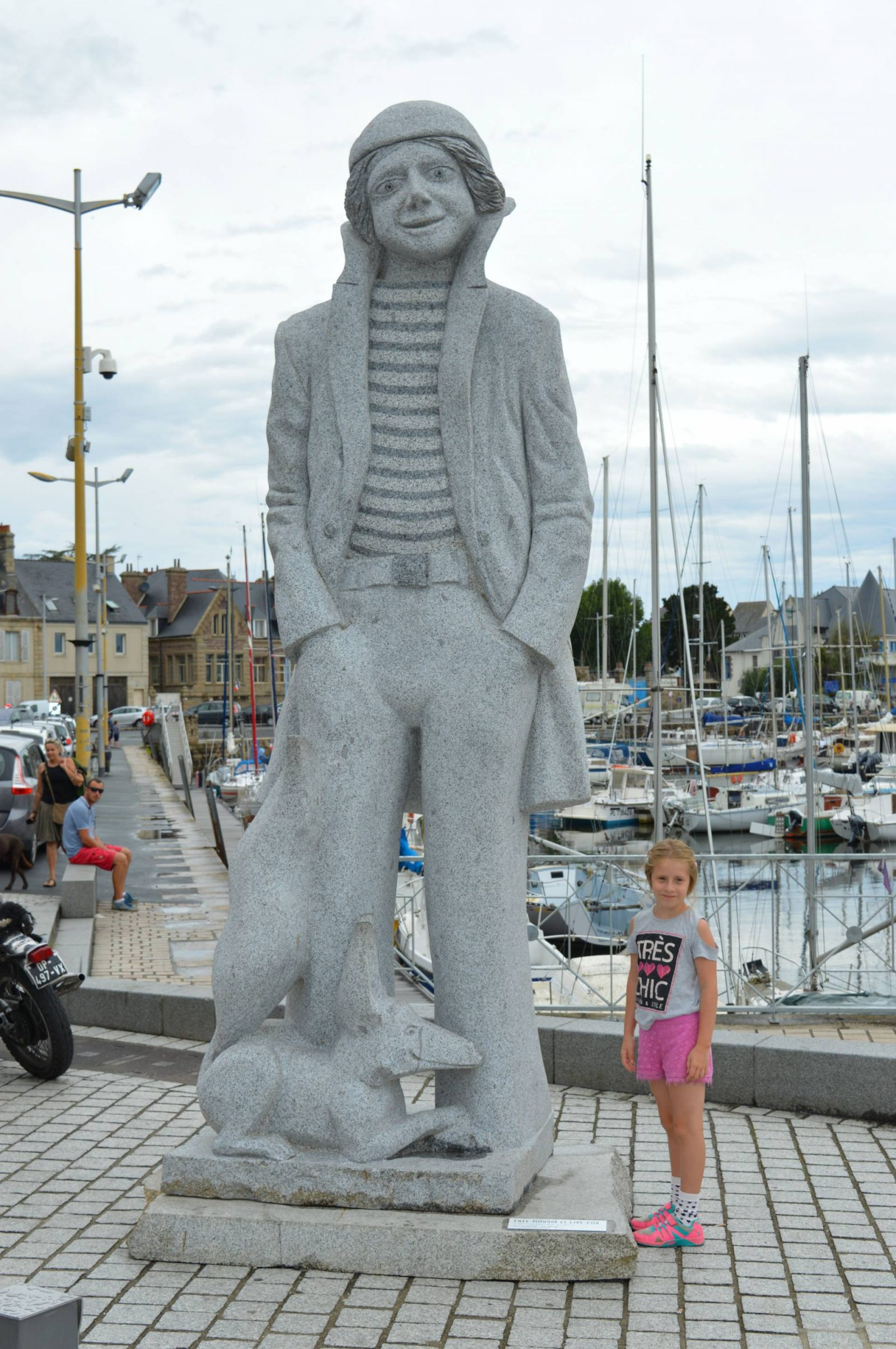 A wonderful week in Brittany + Sunday Reflections link up, statue in Paimpol harbour