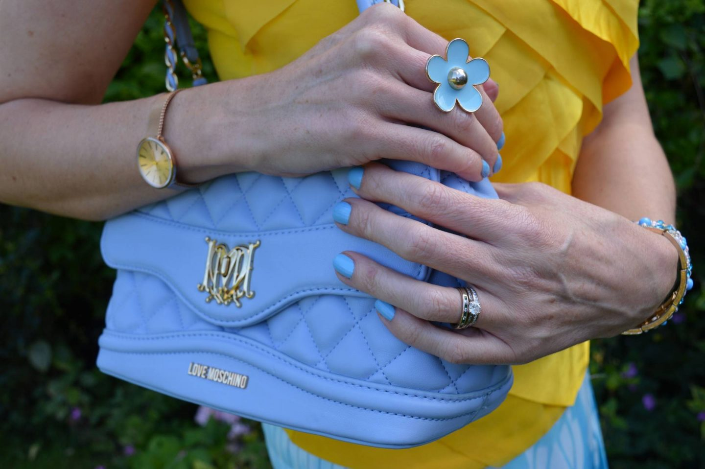 Match Made in Seven: California Dreaming, Principles by Ben de Lisi yellow top, Love Moschino pale blue bag