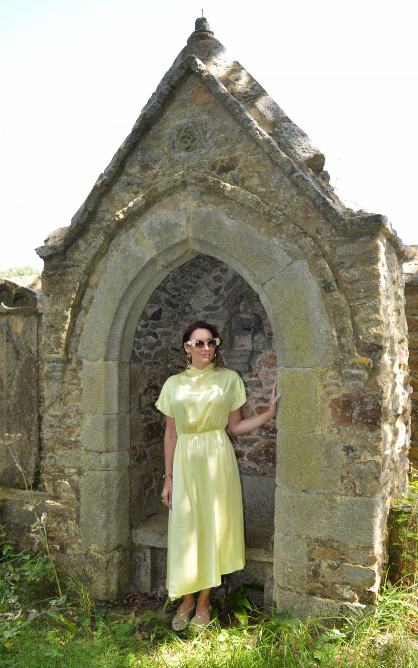 Other Stories Yellow Asymmetric Midi Dress, Jeepers Peepers baroque flower sunglasses