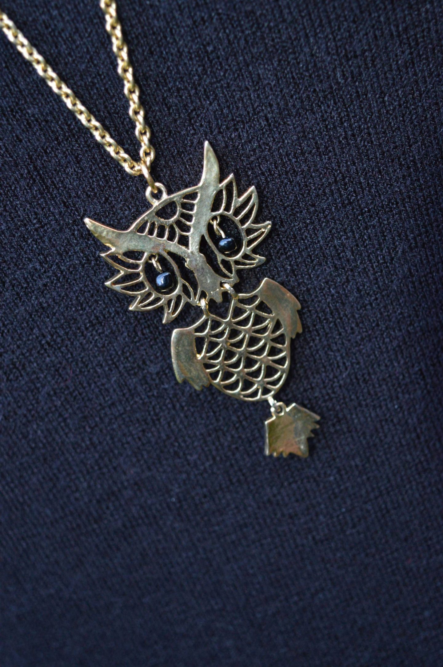 Pia owl pendant