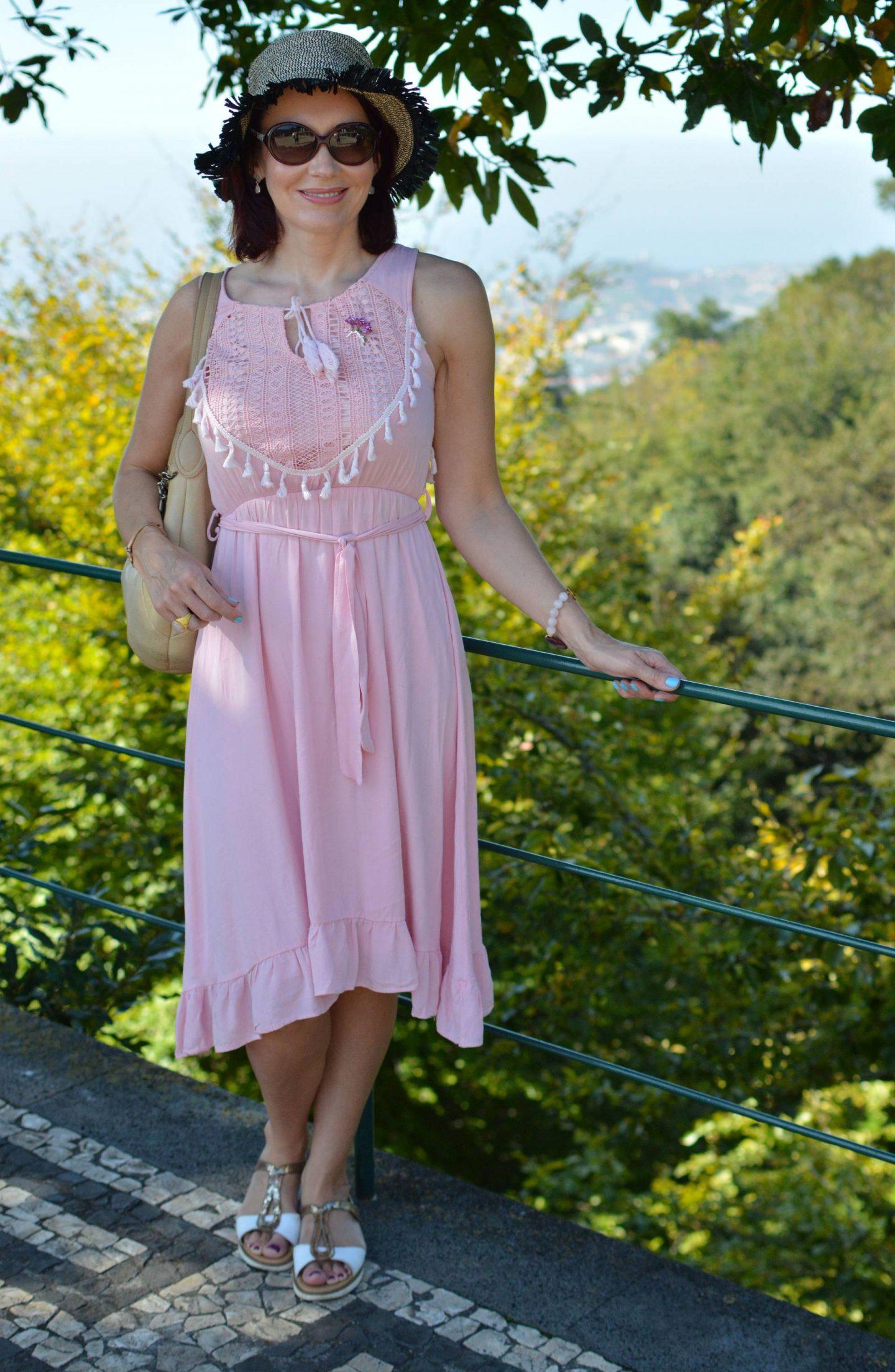 pink cotton Oeyes sundress, sightseeing in Madeira
