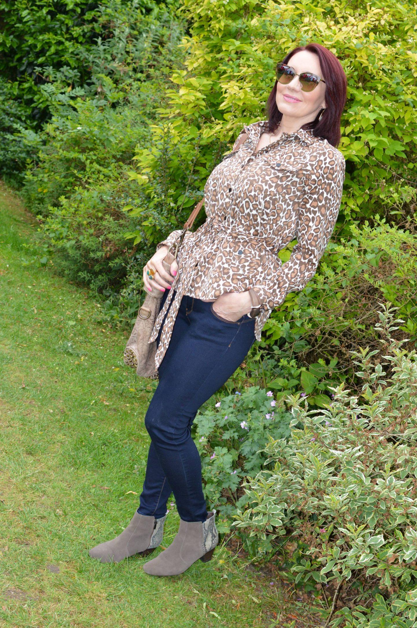 Scotch & Soda Safari Shirt and Jeans, Sara Berman brown studded bag, Quay gold sunglasses