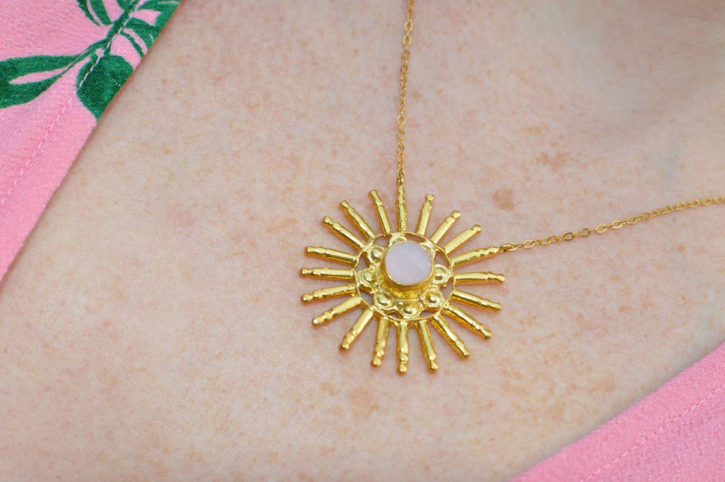 Ottoman Hands rose quartz and gold necklace
