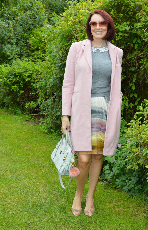 Fallin' For Tie Dye - Stylish Monday Link Up, Snob London tie dye skirt, Modalu grey satchel, pink Great Plains coat