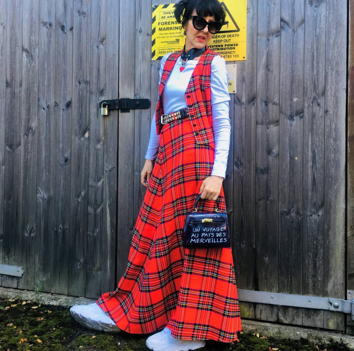 Check Out Preloved Fashion - The Thrifty Six October Challenge, Jane of Preloved Vintage Handmade