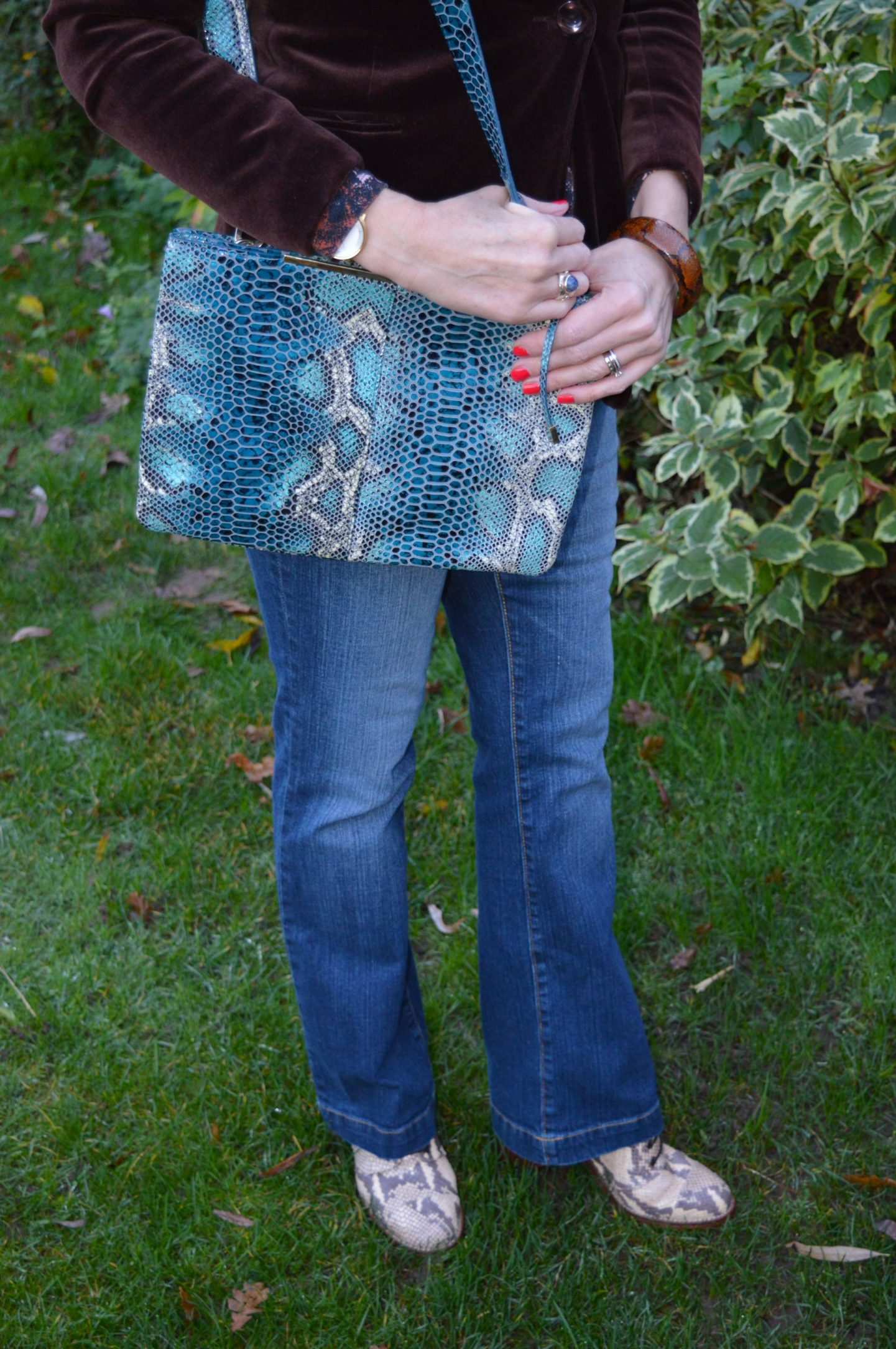 Mary Portas blue snake print bag