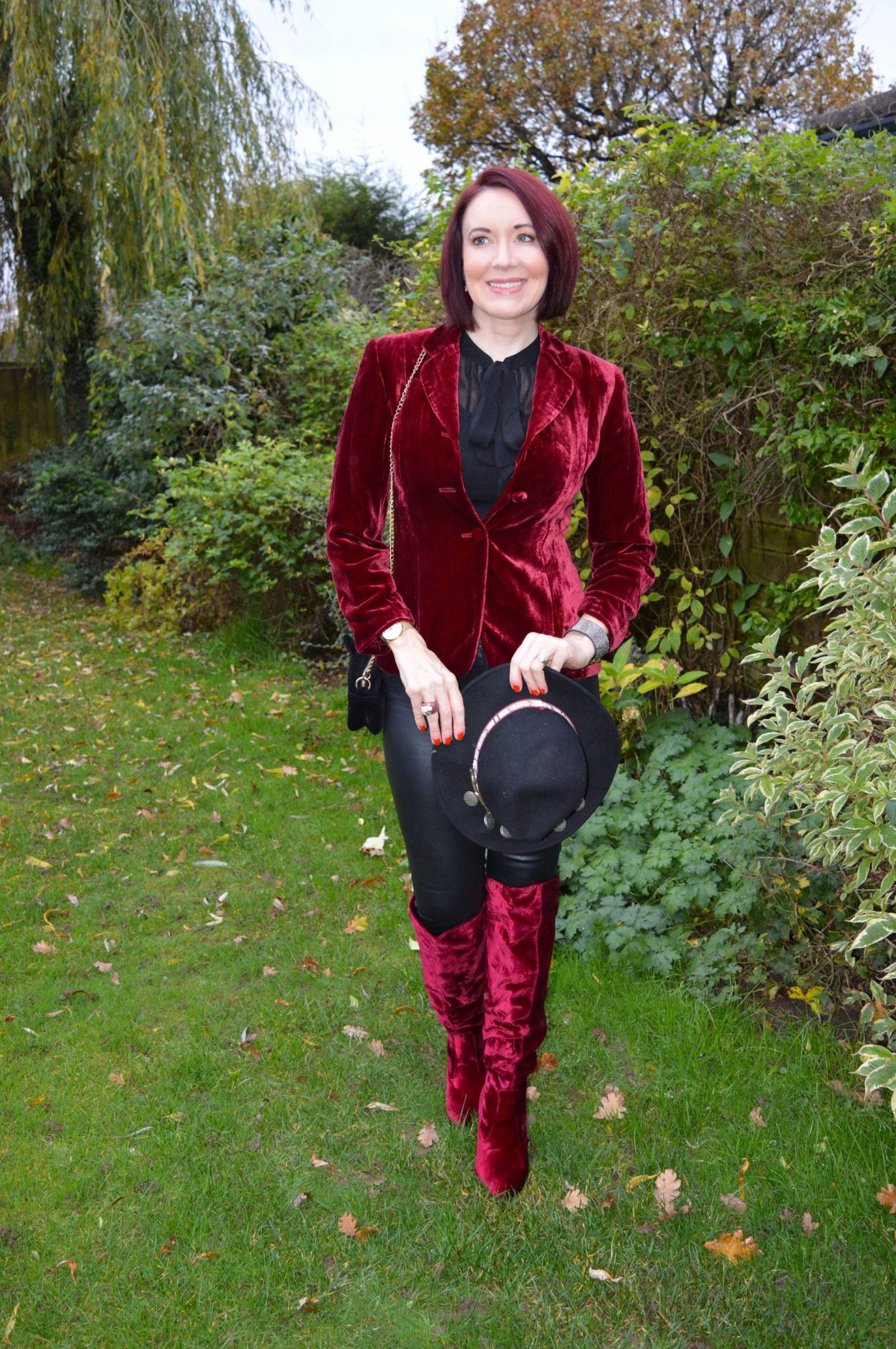 Red Velvet Jacket and Boots, Frontrow black coated skinny jeans