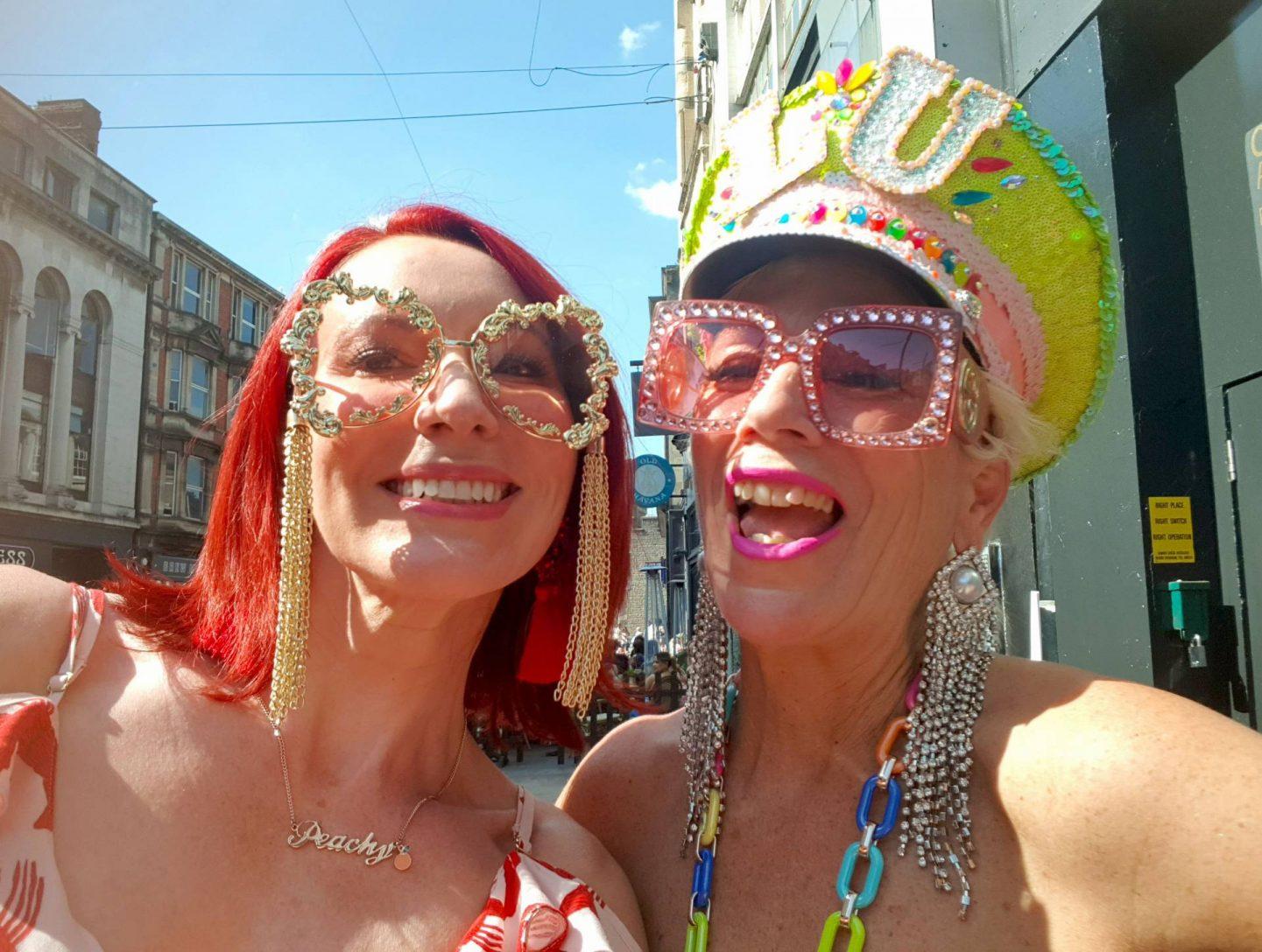 Meeting Luinluland, Emma Peach of Style Splash Lou Featherstone of Luinluland