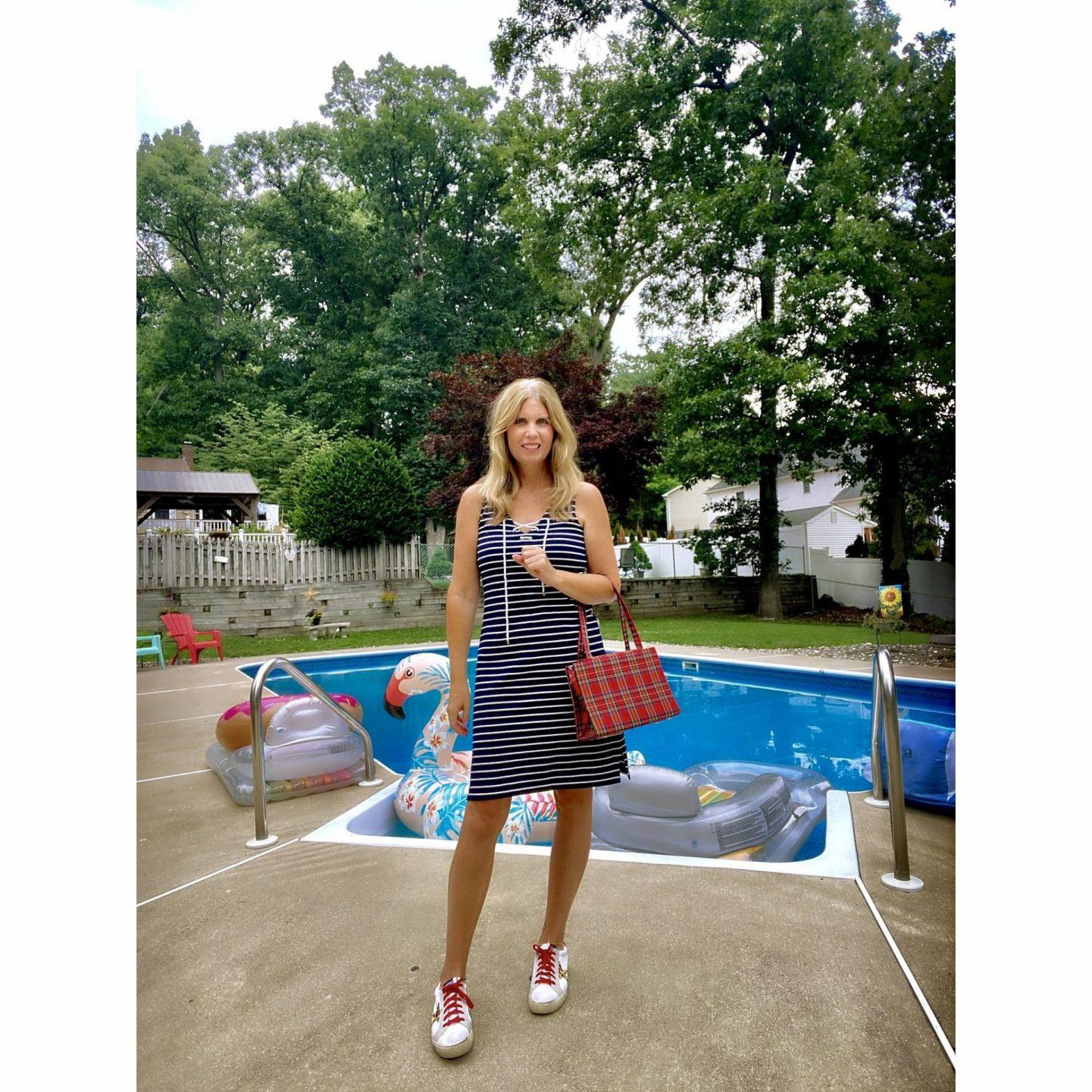 Sizzlin' Backyard BBQ Style, @seechele_styles