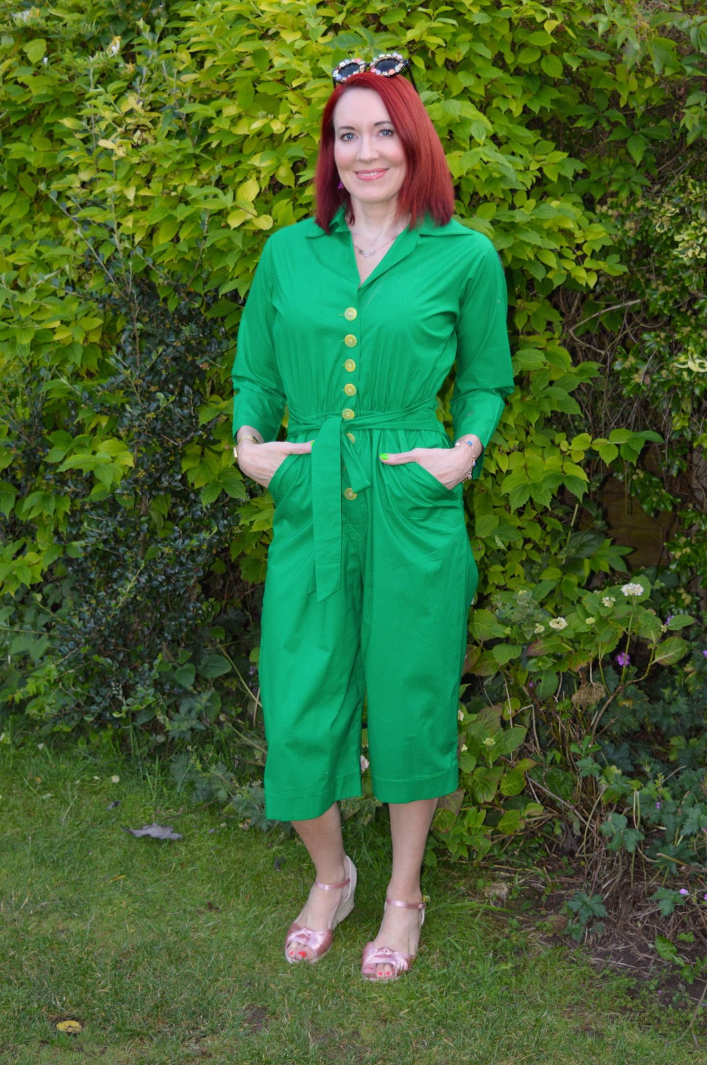 Sizzlin' Backyard BBQ Style - July's Stylish Monday Link Up, Love Your Look green parrot jumpsuit, what to wear for a backyard BBQ