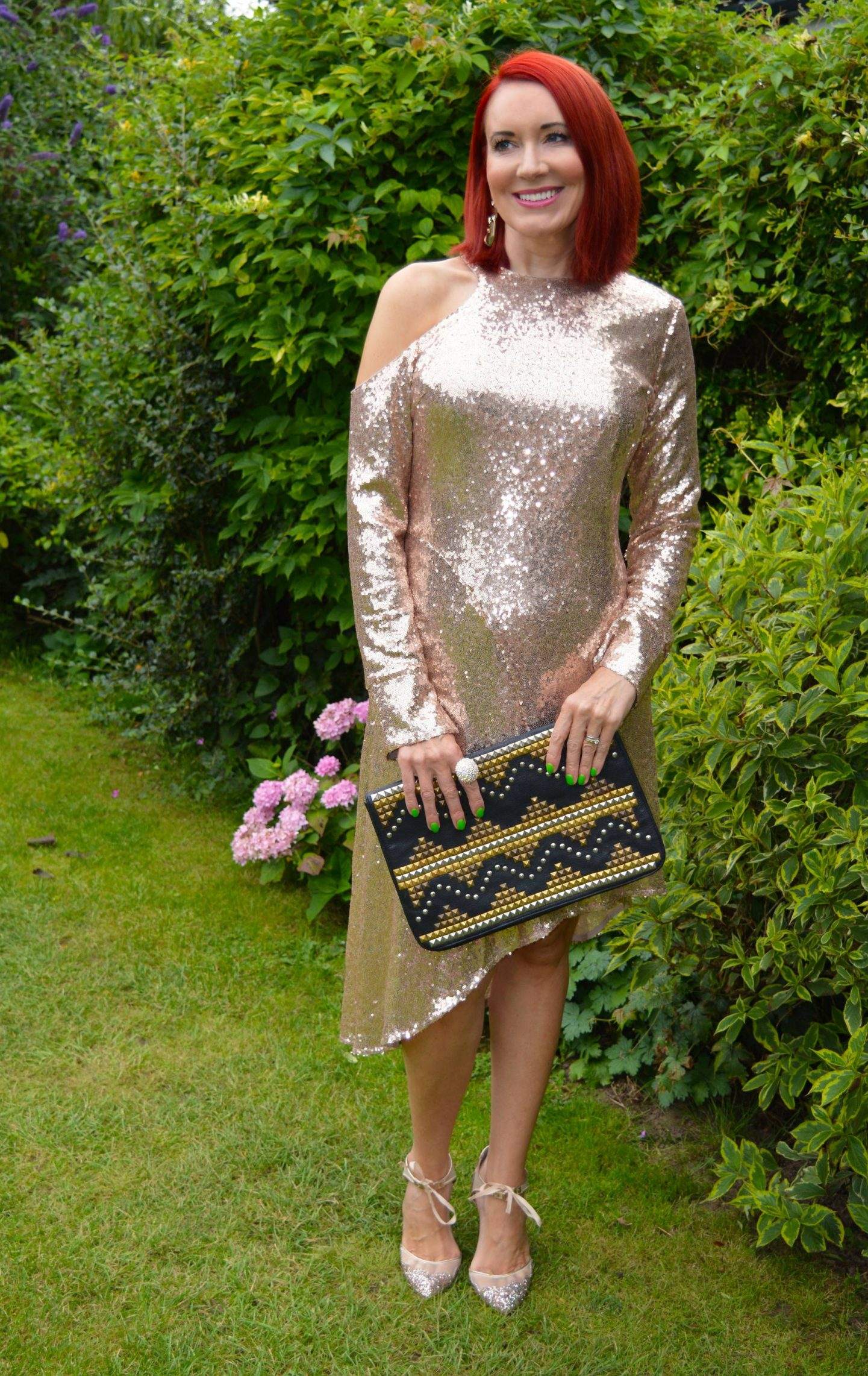 Fool's Gold - August's Thrifty Six, Kitri gold sequin dress, Betsey Johnson gold glitter shoes, Asos black studded clutch